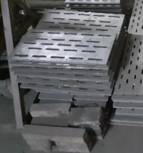 Чугунный колосник (чугунная колосниковая решетка) 530 200 (530х200)