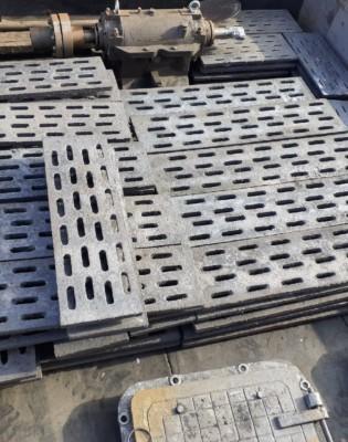 Чугунный колосник (колосниковая решетка) 650 200 (650х200) с тремя ребрами жесткости