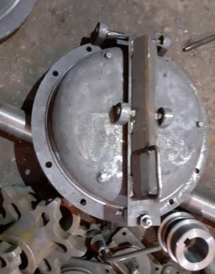 Круглый люк лаз котла ф 450 (внешний диаметр крепежного фланцы ф 600)
